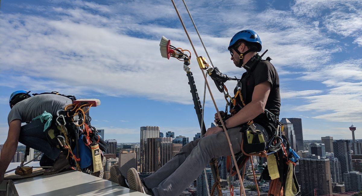 Rope Access - Valiant Solutions 4